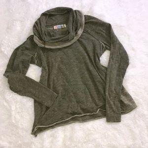 Free People Cowl Neck sweater   Medium
